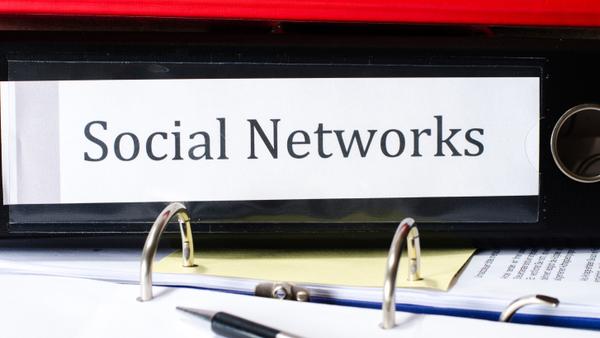 سه سوال، یک پاسخ – چگونه فروش را از طریق رسانه های اجتماعی افزایش دهیم