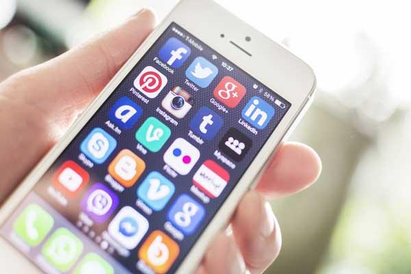 ده پیش بینی برتر در رابطه با رسانه های اجتماعی