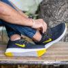 کفش ورزشی Nike مردانه مشکی زرد مدل Roham4
