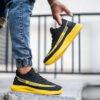 کفش ورزشی Sply 350 مردانه مشکی زرد مدلYogi2